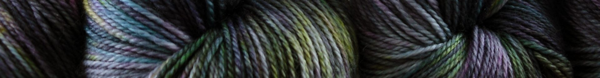 Mashmellow Rino – Knotty Girl (worsted weight)